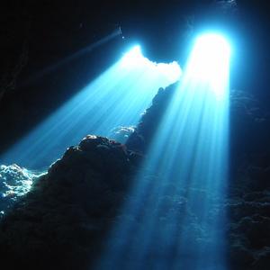 碧い海,ナイス透明度,差し込む光の徳之島ツアー